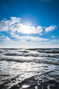 De zee bij strand Scheveningen, Zuid-Holland van Wendy Klunder