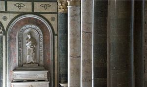 Pilaren in Italiaanse kerk van