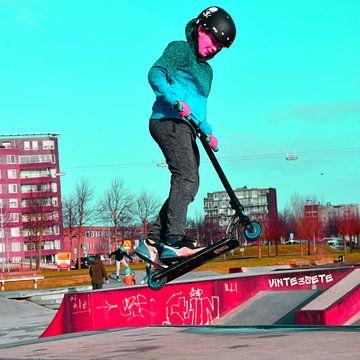 Stuntstep sprong en Graffiti van Vinte3Sete