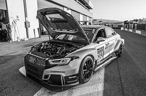 Audi RS3 raceauto van