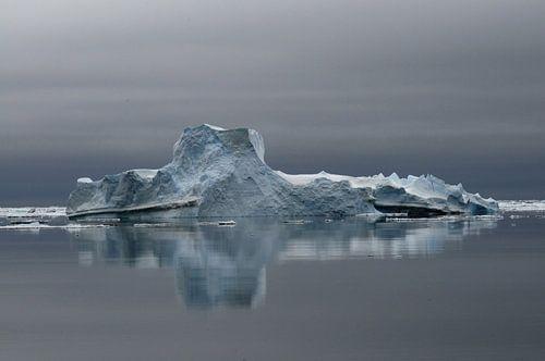IJsberg   in Weddellzee  van