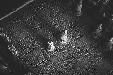 Het begin van het duel (zwart wit) van Joeri Mostmans
