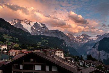 Zonsondergang in de Berner Alpen van Steven Van Aerschot