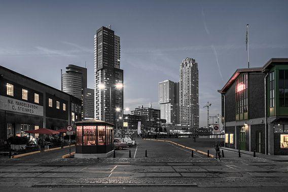 Rotterdam tijdens de schemering van Raoul Suermondt