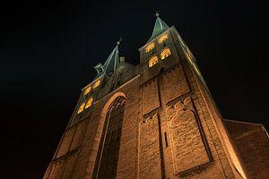 Deventer Bergkerk bij nacht van