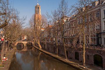Dom in de herfstzon van Verliefd op Utrecht