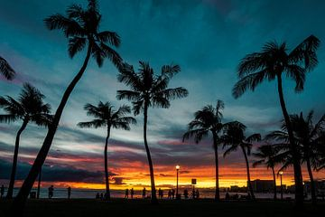 Waikiki zonsondergang van road to aloha