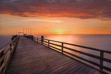 Sommerliche Ostsee und Seebrücke von Scharbeutz von Fine Art Fotografie