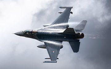 Nederlandse F-16 verlaat Volkel van