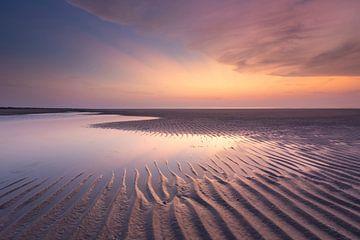 Ribbels in het kleurige zand - Natuurlijk Ameland van Anja Brouwer Fotografie