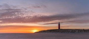 Lever de soleil sur le phare de Texel - en feu sur Texel360Fotografie Richard Heerschap