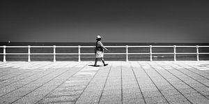 Fußgänger am Boulevard, Spanien  (Schwarz-Weiß) von