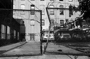Schoolbussen in New York City van Marcel Kerdijk