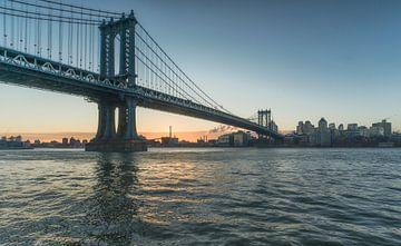 Manhattan Bridge New York City van Marcel Kerdijk