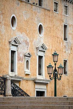 Gelbes Haus in Venedig von Andreas Müller