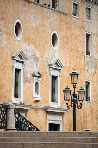 Gelbes Haus in Venedig von