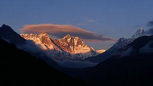 Zonsondergang op Everest