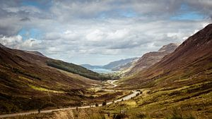 Kinlochewe, Scotisch Highlands van Arnold de Gans