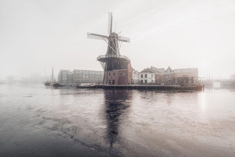 Haarlem: Molen De Adriaan.