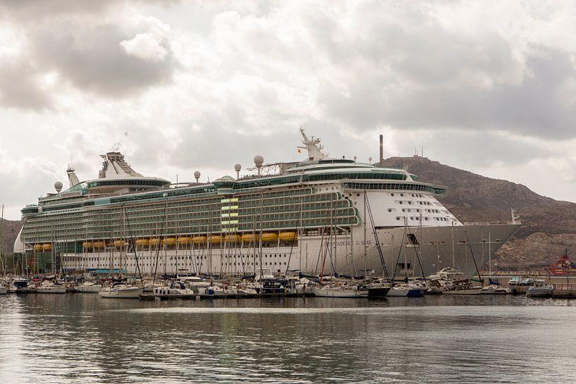 Independence of the seas in Cartagena van Gertjan koster