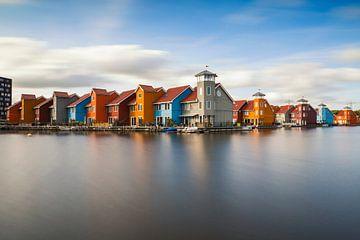 Die Holzhäuser des Reitdiep-Hafens bei Sonnenuntergang von Paul Weekers Fotografie