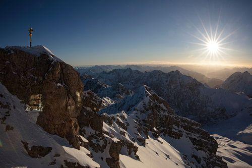 Sonnenaufgang auf der Zugspitze von