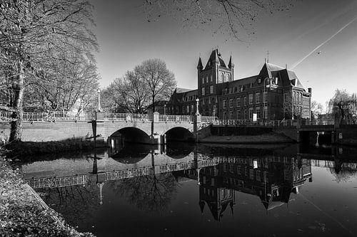 Architectuur in Utrecht: Abstederbrug en het Hiëronymushuis in Utrecht van