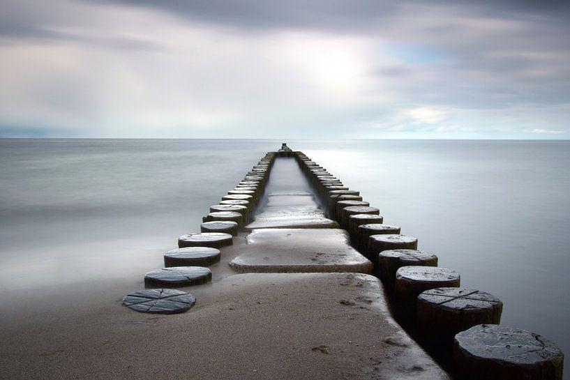 Buhne ins Meer von Marko Sarcevic