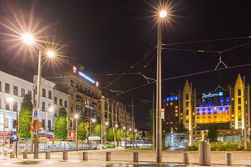 Stationsplein Antwerpen in de nacht van Dexter Reijsmeijer