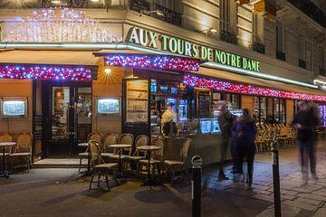 Aux Tours de Notre-Dame by night