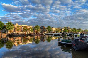 Amstel wolken reflectie