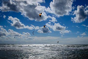 Kitesurfing am strand von Ipo Reinhold