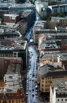 BERLIN, DUITSLAND - 25 augustus 2018: Muenz straat luchtfoto na een zomerse regenbui, een winkel- en van Maren Winter