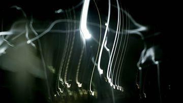 Falling lights van Klaas Leussink