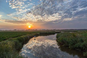 Zonsopkomst in een Zeeuwse polder van Marcel Klootwijk