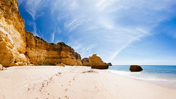 Het mooiste strand van de Algarve van Victor van Dijk