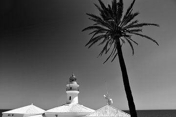 Leuchtturm, Mittelmeerküste (Schwarz-Weiß)