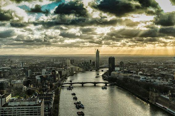 De rivier de Theems vanuit de lucht