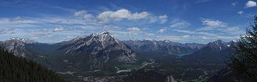 Panorama bij Banff, Canada van Hans G. Smit