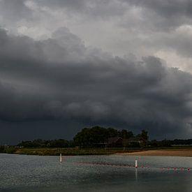 Panorama rollende Wolke. von Lex Schulte