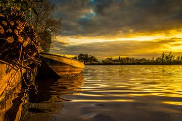 Golden Boat von Edwin Hoek