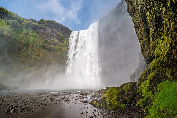 IJsland - Skogafoss van Henk Verheyen
