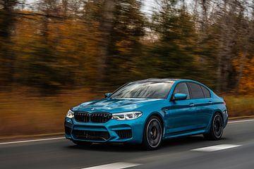 Snapper Rocks BMW M5 van Bas Fransen