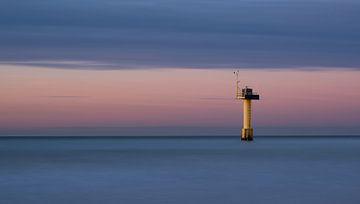 Stille am Horizont (3) von Caro Hum