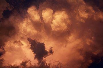 Hemel boven Gianyar van Martijn Stoppels
