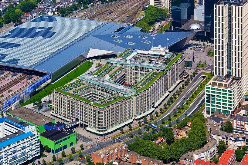 Luchtfoto Groot Handelsgebouw te Rotterdam van Anton de Zeeuw