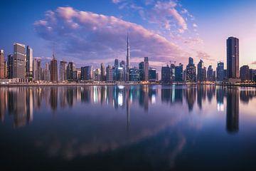 Dubai Business Bay Panorama naar de zonsopgang van Jean Claude Castor