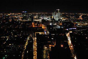 Uitzicht vanaf de Domtoren in Utrecht, richting het nieuw stadskantoor in aanbouw. van Margreet van Beusichem