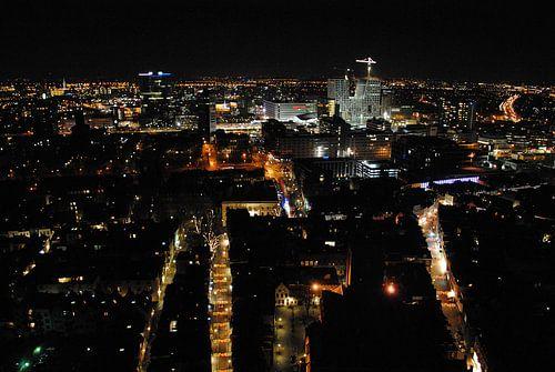 Uitzicht vanaf de Domtoren in Utrecht, richting het nieuw stadskantoor in aanbouw. von Margreet van Beusichem