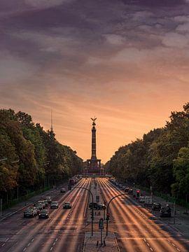 overwinningskolom berlijn van Iman Azizi